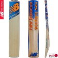 New Balance DC580 Junior Cricket Bat